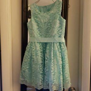 Little girls Teal(Mermaids Tale) dress size 8